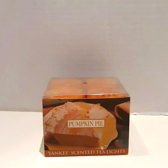 BNIB 12 Yankee Candle Pumpkin Pie Tealights